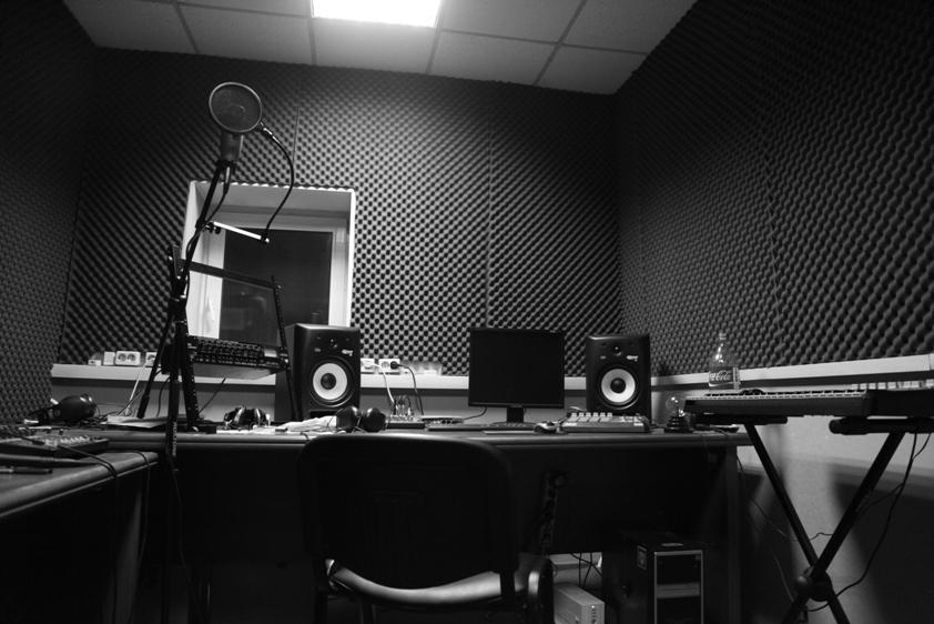 Как записать альбом в студии?